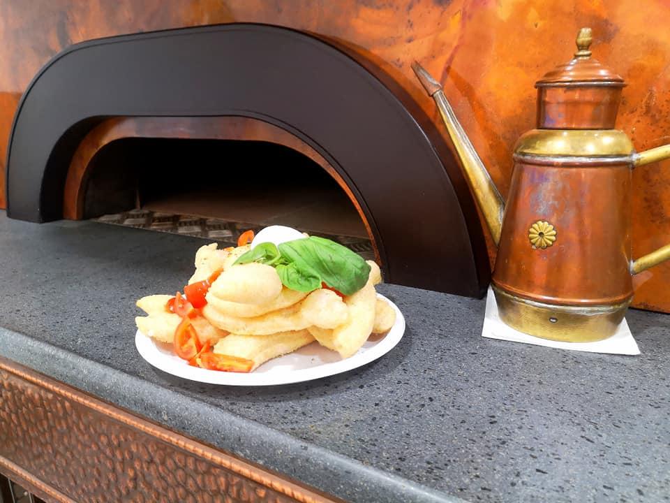 GIÙ GIÙ Pizzeria Friggitoria